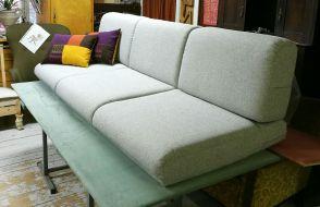 Muurame sohvan patjat. - Maddrasser till en Muurame soffa.