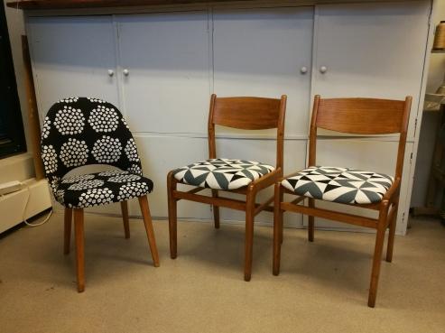 Retro tuoleja myynnissä!