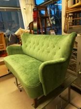 Lisbet sohva peruskorjauksen jälkeen